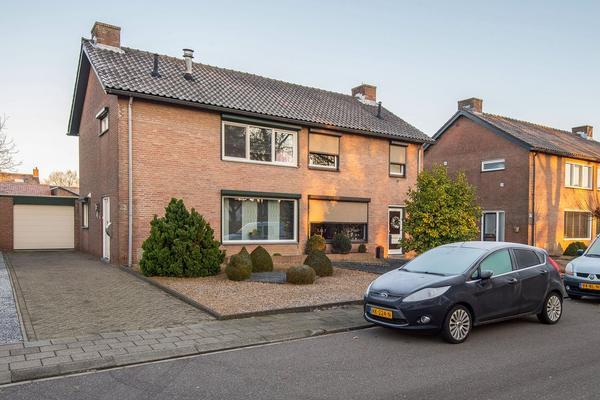 Lage Bongerd 22 in Roosteren 6116 BP