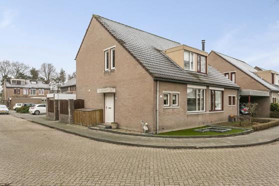 Roerstraat 77 in Helmond 5704 MD