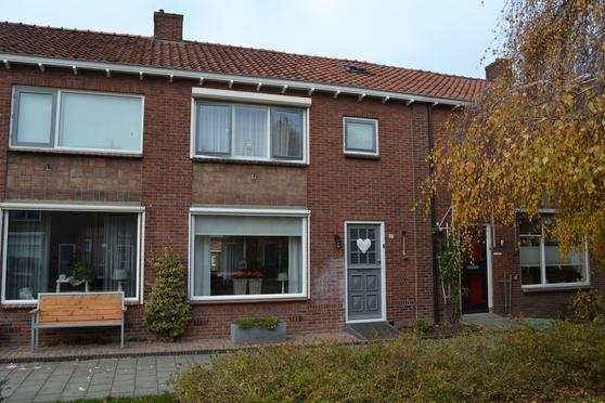 Magnoliastraat 23 in IJsselmuiden 8271 VT