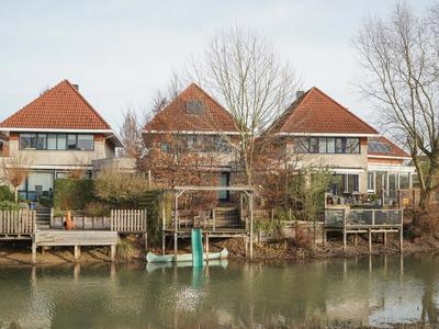 Colmarstraat 105 in Nijmegen 6515 BD