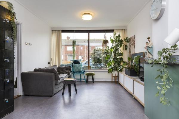 Lindenlaan 10 in Leimuiden 2451 CC