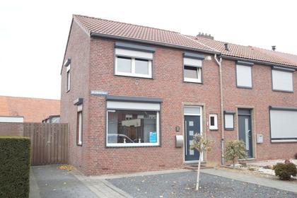 Beatrixstraat 1 in Puth 6155 KV
