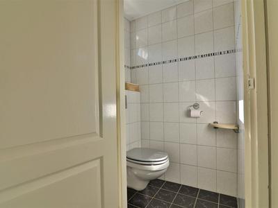 5 toilet