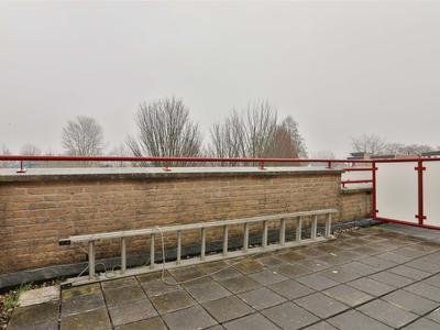 32 balkon
