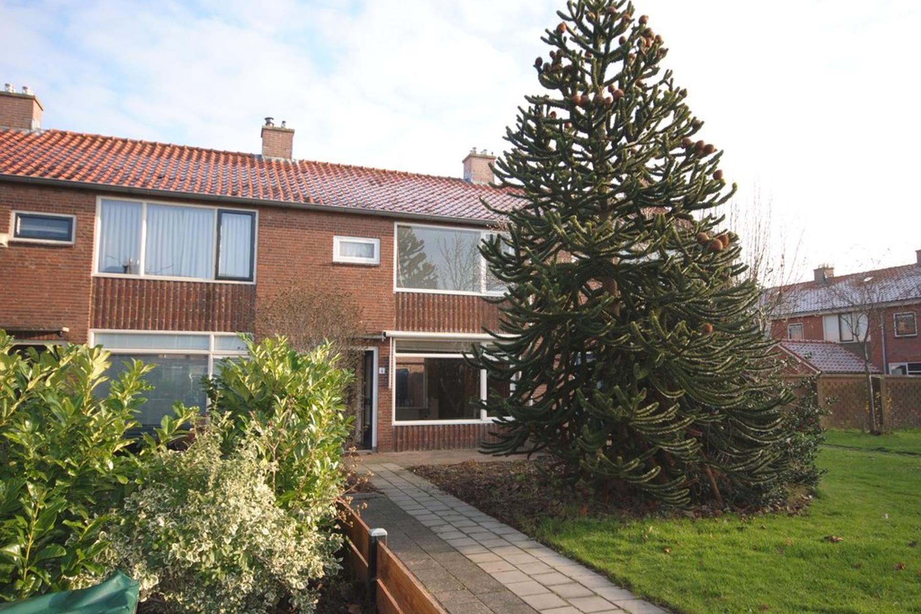 Graaf Van Hornestraat 4 in Woudrichem 4285 BV