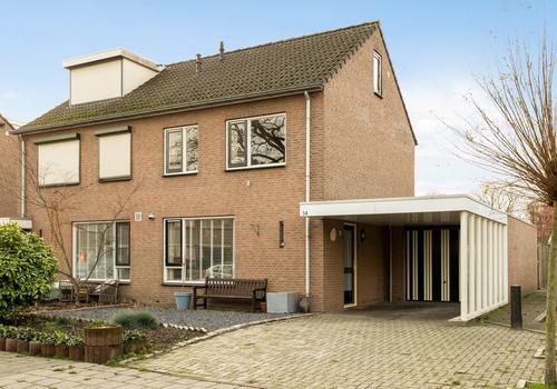 De Ruyterstraat 5 A in Weurt 6551 CH