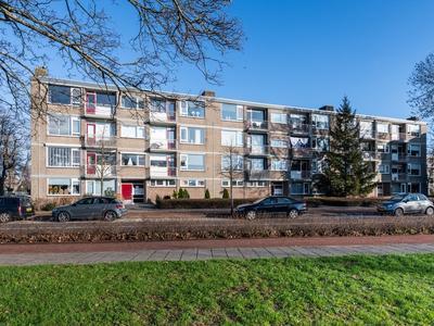 Burgemeester De Zeeuwstraat 262 in Ridderkerk 2981 AH