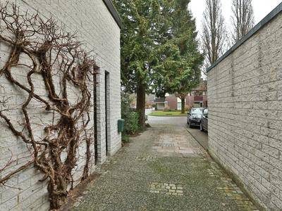 Bollandweg 11 in Haren Gn 9752 NV