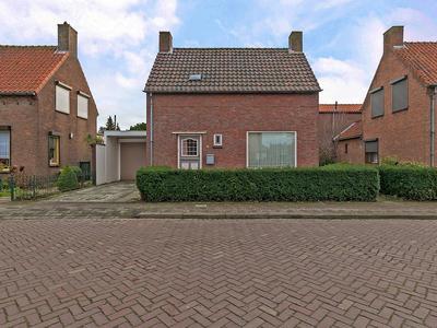 Van Glymesstraat 5 in Rucphen 4715 AW