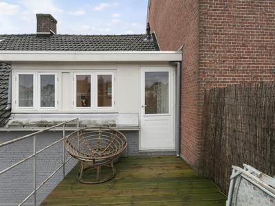 Van Dedemstraat 194 in Bergen Op Zoom 4611 BE
