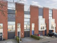 Burgemeester Jhr. Quarles Van Uffordlaan 27 in Apeldoorn 7321 ZS