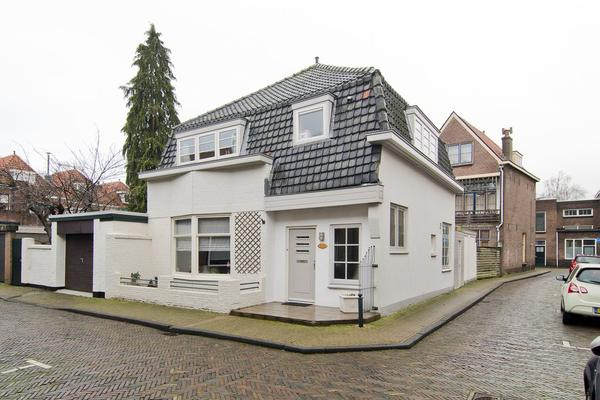 Oosterstraat 7 in Gorinchem 4201 BZ