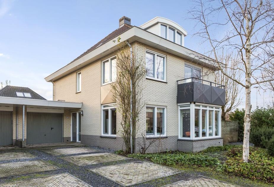 Ooievaarsbek 17 in Breukelen 3621 TL