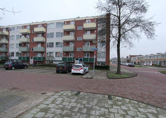 Reviusstraat 8 in Hoogezand 9602 BL