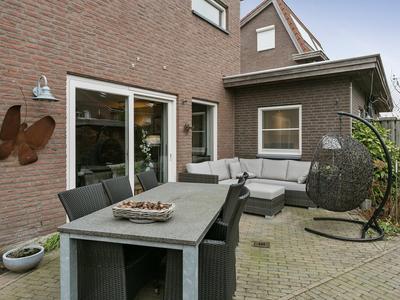 Lijsbeth Van Villeynstraat 53 in Helmond 5706 MJ