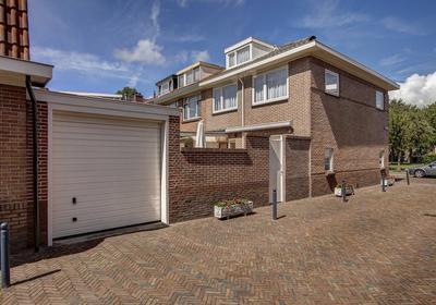 C.H. Moensstraat 16 in Beverwijk 1942 EC