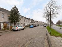 Suze Groenewegstraat 38 in Spijkenisse 3207 DB