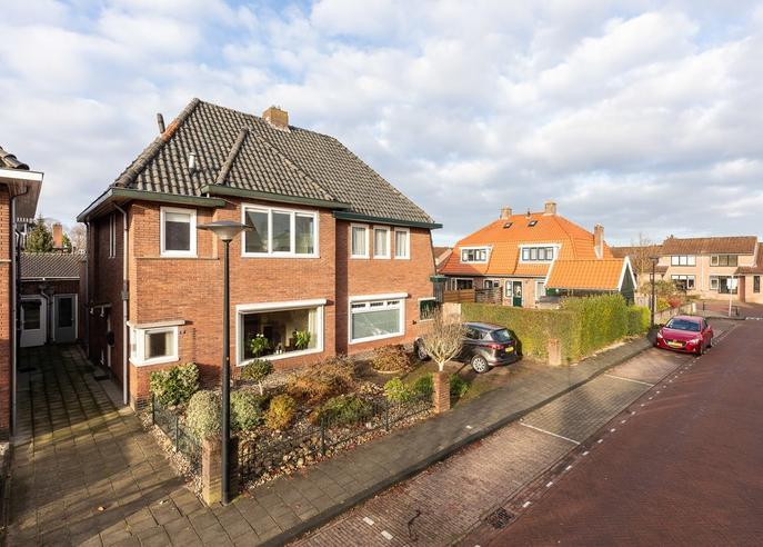 Albert Cuypstraat 17 in Hengelo 7556 GD