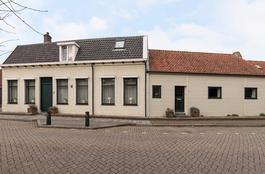 Prins Bernhardstraat 70 in Wolphaartsdijk 4471 RA