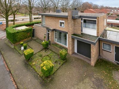 Doctor Mollerlaan 71 in Roosendaal 4702 JW