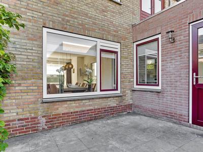 Handelstraat 11 in Axel 4571 XA