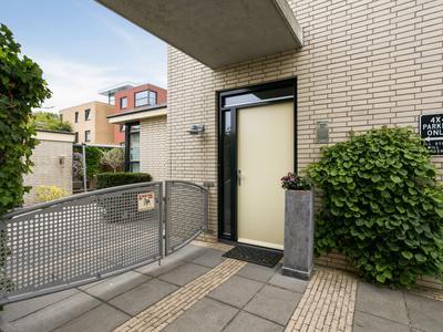Morelberg 37 in Roosendaal 4708 NL