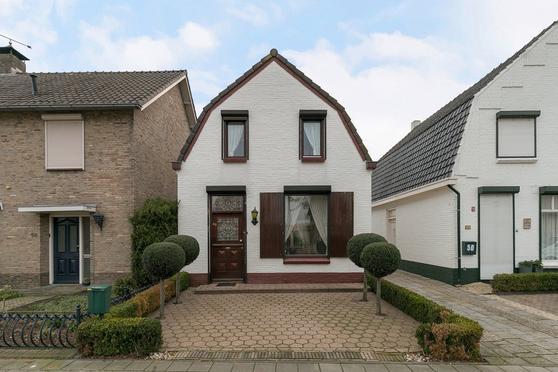 Hoofdstraat 52 in Helmond 5706 AM