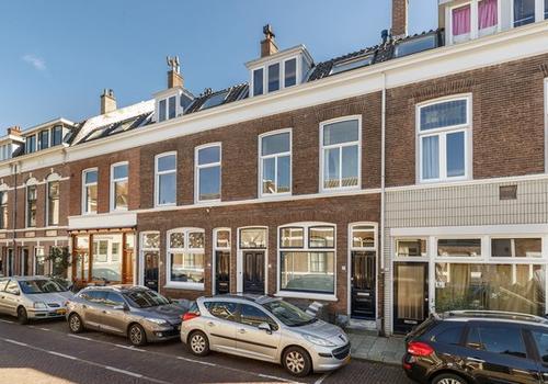 Mgr. Van De Weteringstraat 17 in Utrecht 3581 EB