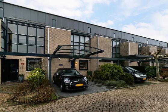 Poolsezoom 38 in Nieuwerkerk A/D IJssel 2912 GJ