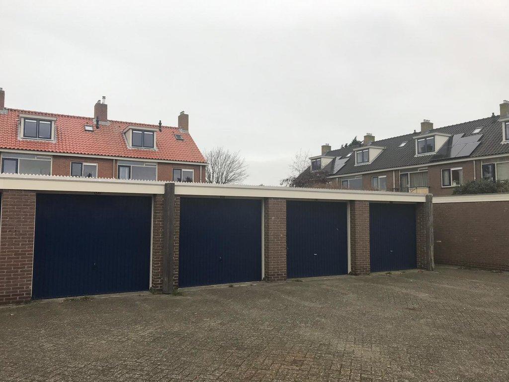 Garage Den Helder : Roompotstraat 52 in den helder 1784 jh: garagebox te koop. warnars