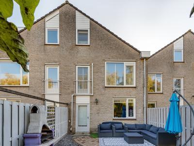 Bakema-Erf 211 in Dordrecht 3315 JE