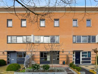 Gunterstein 6 in Nieuw-Vennep 2151 HE