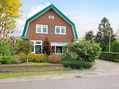 Bunschoterstraat 22 in Hoogland 3828 NN