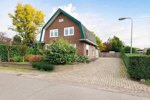 Bunschoterstraat 22 in Hoogland 3828 NN