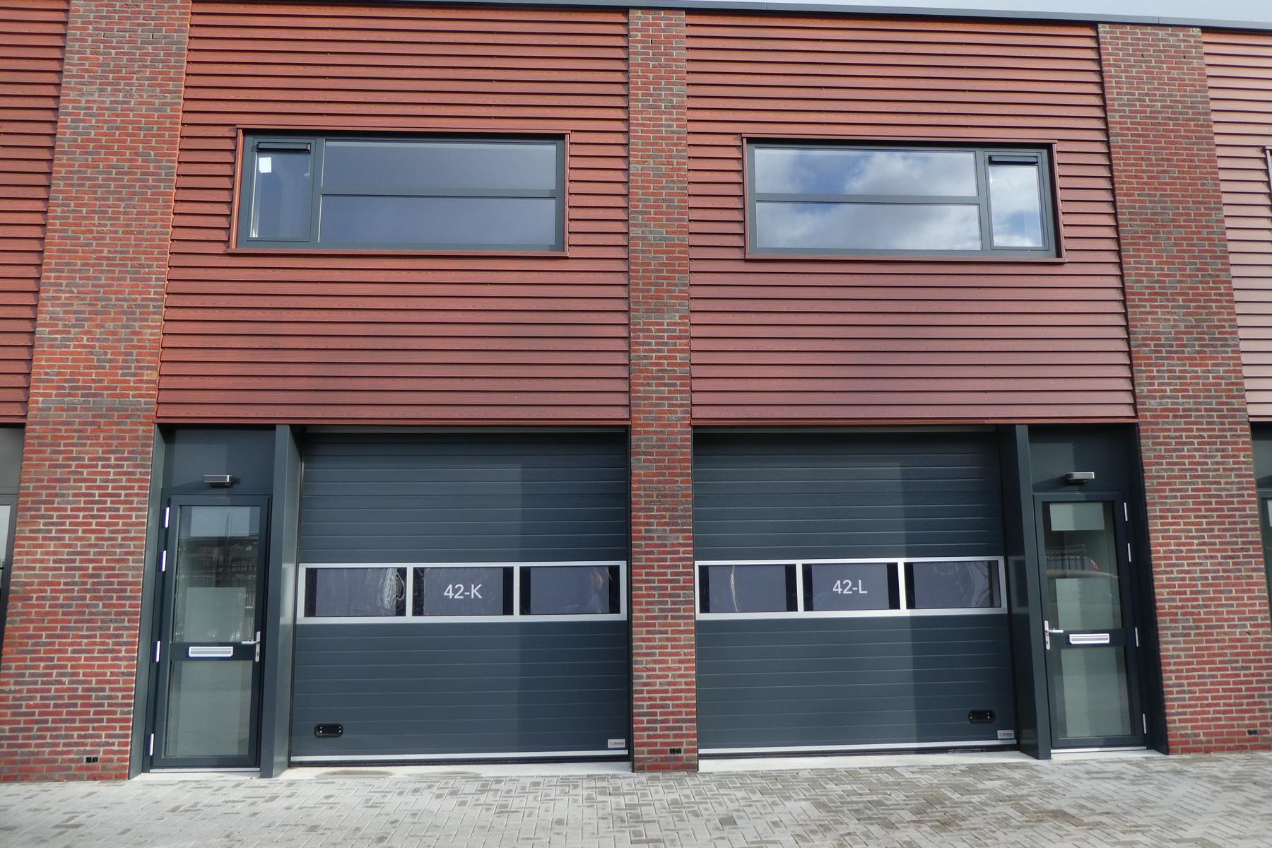 Op bedrijventerrein De Wieken, direct gelegen aan de A28, hebben wij 2 bedrijfsunits te koop, met uiteraard energielabel A.<BR>Wilt u meer informatie, bel RéBM Bedrijfsmakelaardij Amersfoort op 033476530