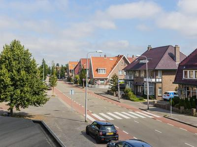 Lariksstraat 11 in IJmuiden 1971 JR