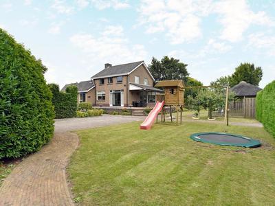 'S-Gravendamseweg 6 B in Noordwijkerhout 2211 WJ