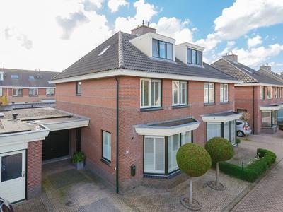 Melchiorstraat 11 in Spaarndam 2064 LS