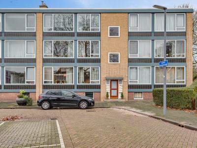 Gijsbert Steenhoekstraat 37 in Rotterdam 3078 JE
