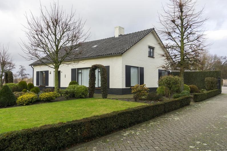 Laar 88 in Nuenen 5674 PB