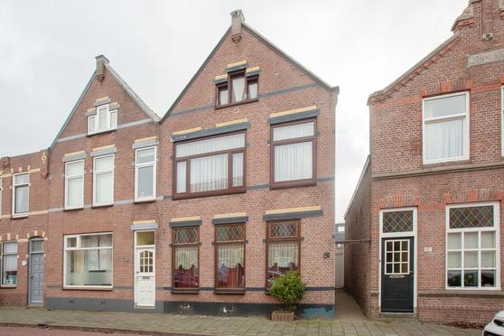 Huygensstraat 30 in IJmuiden 1973 AD