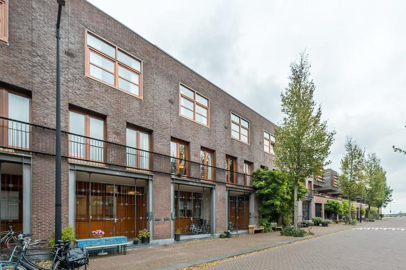 J.F. Van Hengelstraat 50 in Amsterdam 1019 DC