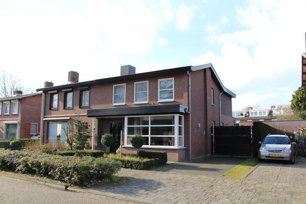 Willem Van Oranjelaan 11 in Heeze 5591 CJ