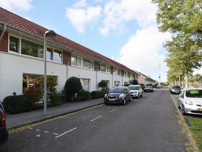 Waterspinhof 34 in 'S-Gravenhage 2492 RK