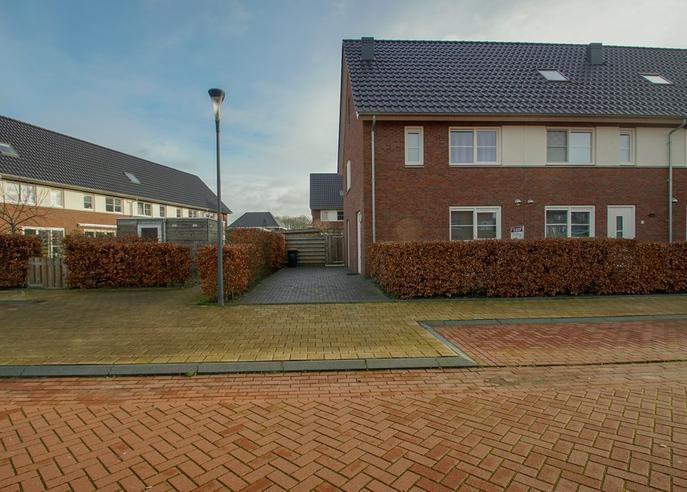 Kazerneplein 40 in Steenwijk 8333 DA