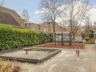 In De Watermolen 7 in Duivendrecht 1115 GA