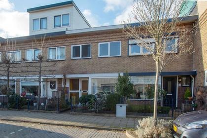 Sparrenstraat 27 in IJmuiden 1971 NN