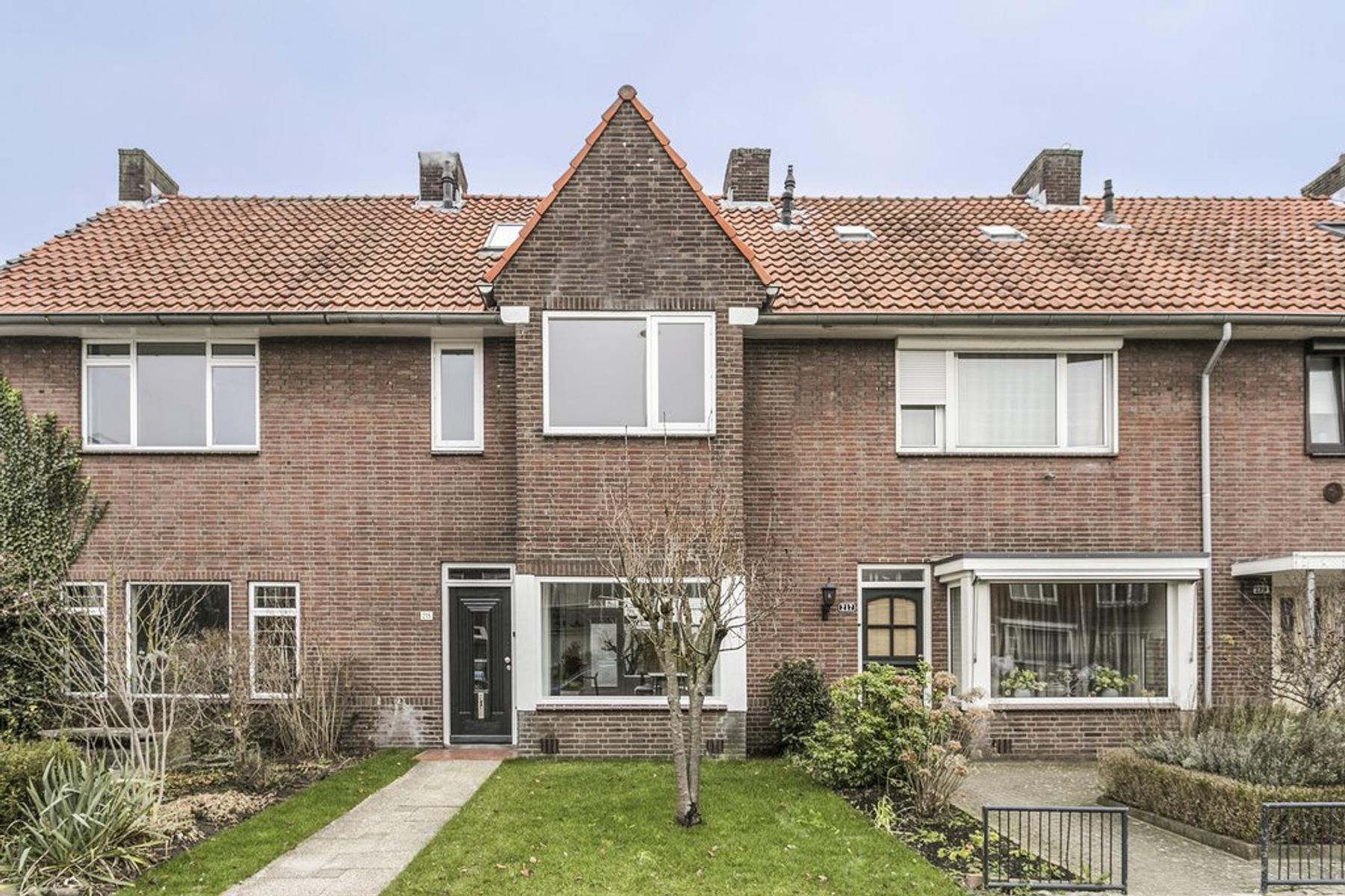 Heezerweg 215 in Eindhoven 5643 KA