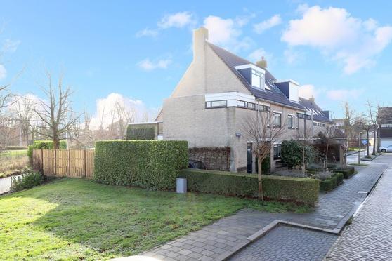 Graskarper 2 in Leiden 2318 NA