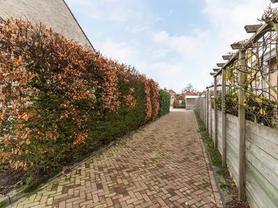 Dorpsstraat 102 in Renswoude 3927 BG